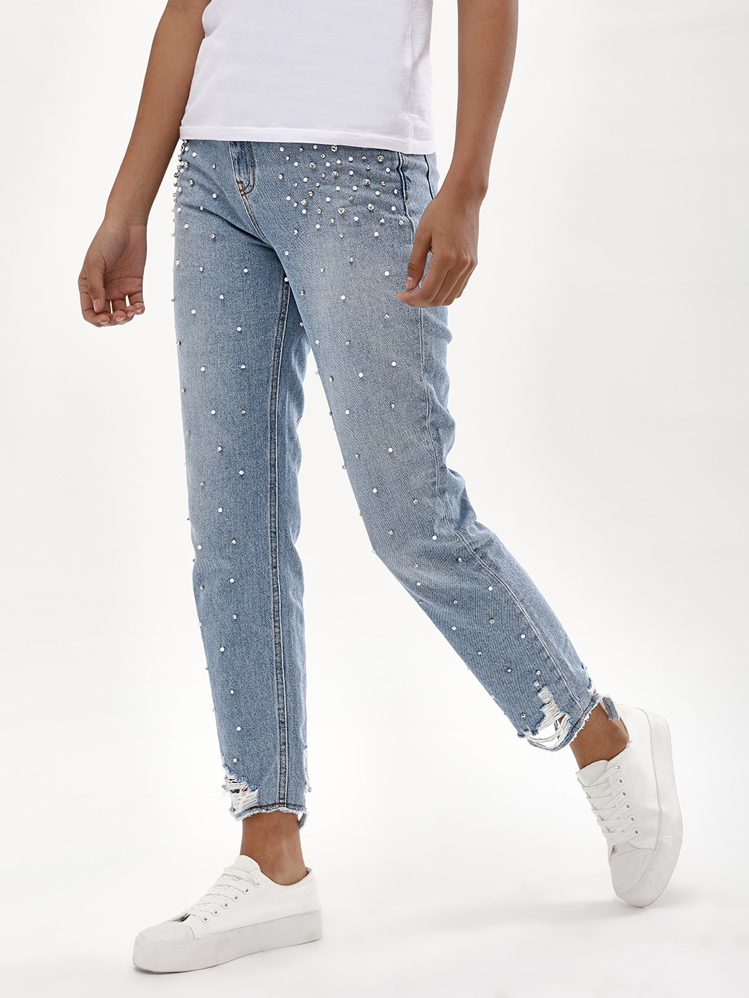 New Look Mid Blue Embellished Ripped Hem Mom Jeans 1