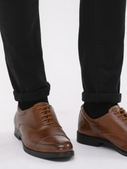 KOOVS Oxford Shoes With Perforated Toe Cap