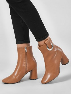 Intoto Ring Detail Block Heel Boots