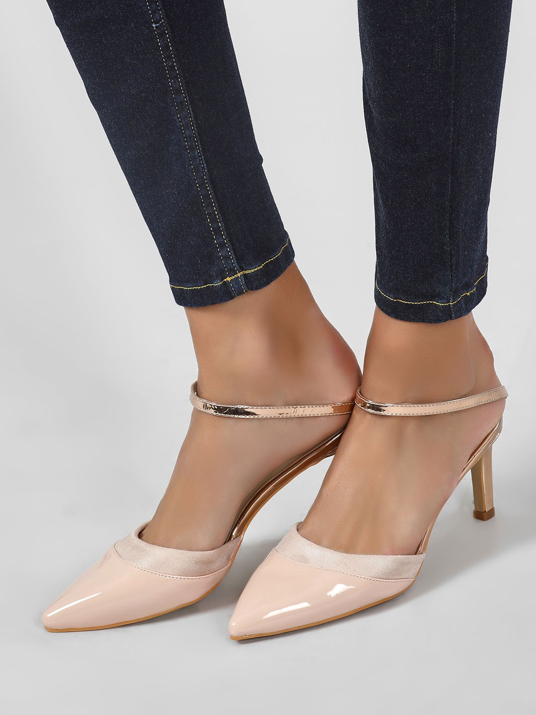 Intoto Nude Pointed Toe Slip On Heels 1
