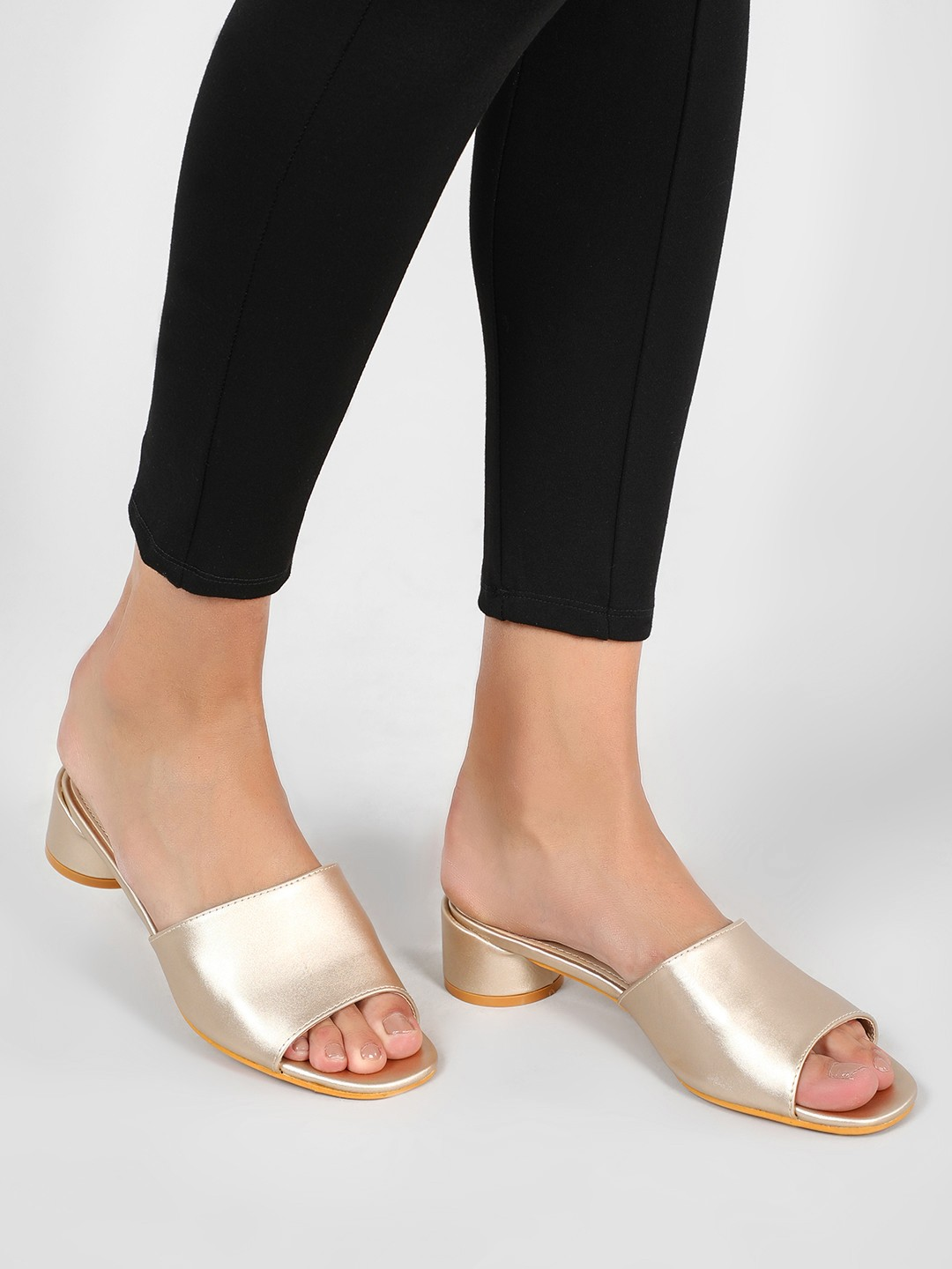 Intoto Gold Mules With Short Cylindrical Heels 1