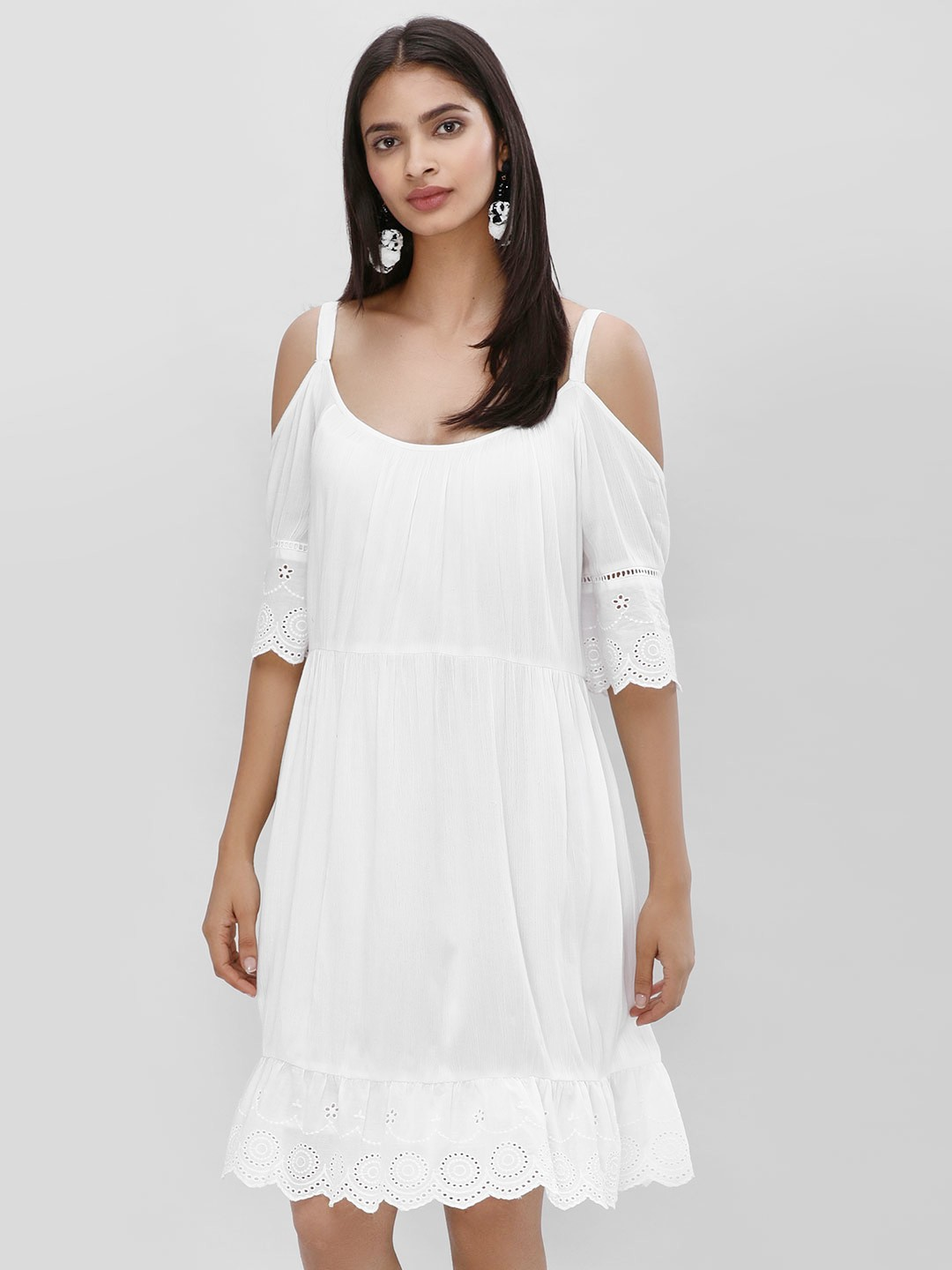 KOOVS White Cold Shoulder Shift Dress 1