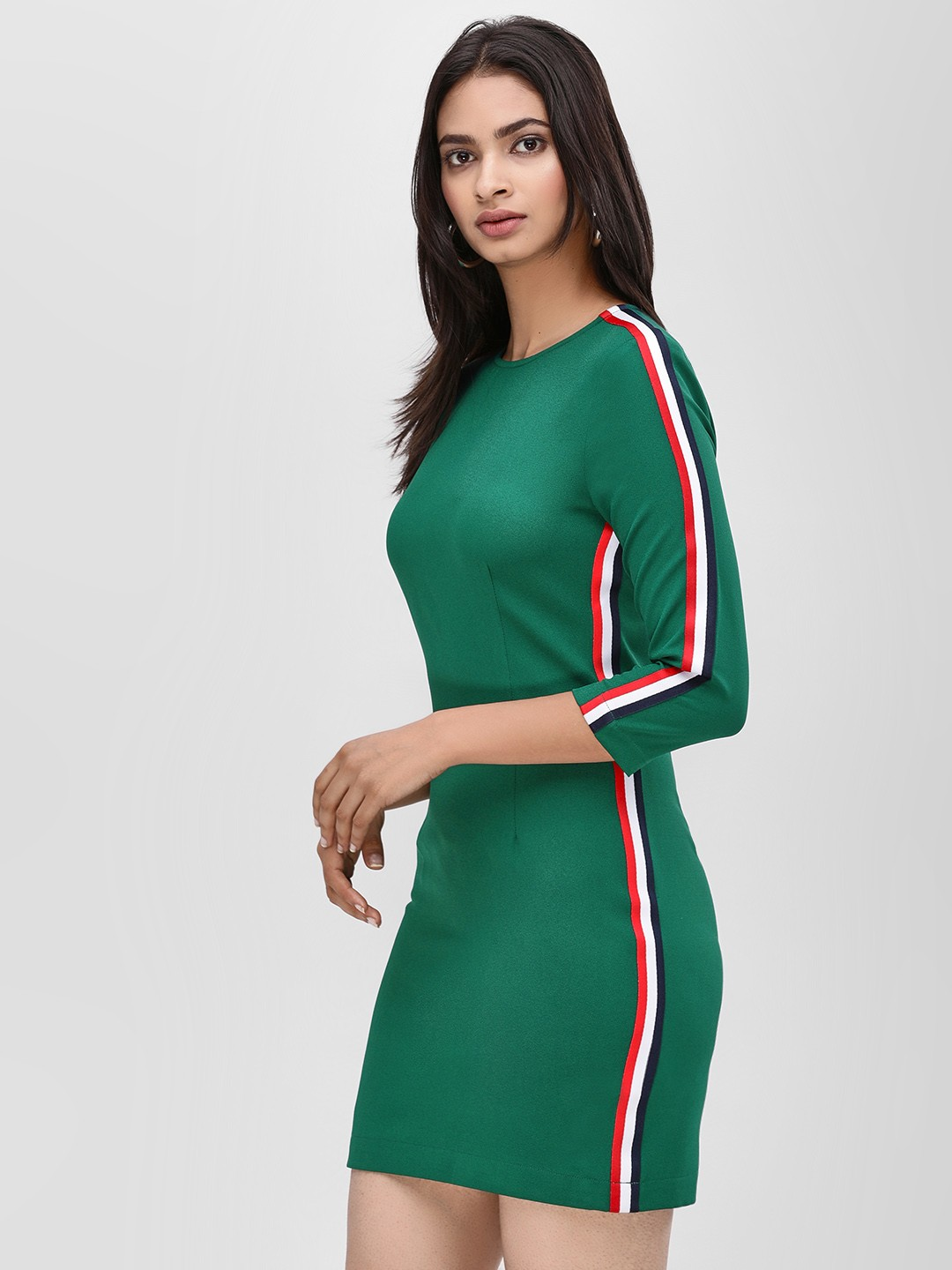 Ri-Dress Green Bodycon Dress With Side Contrast 1