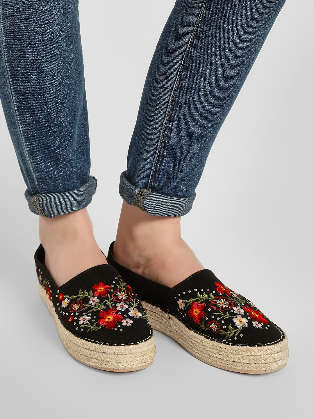 KOOVS Black Embroidered Stacked Espadrilles 1