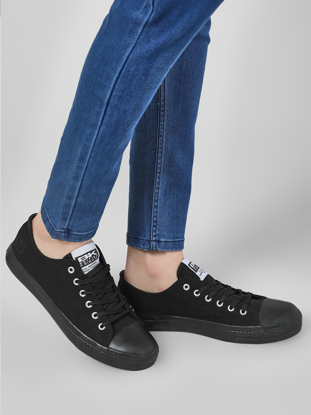 BRITISH KNIGHTS Black Lace-Up Canvas Sneakers 1