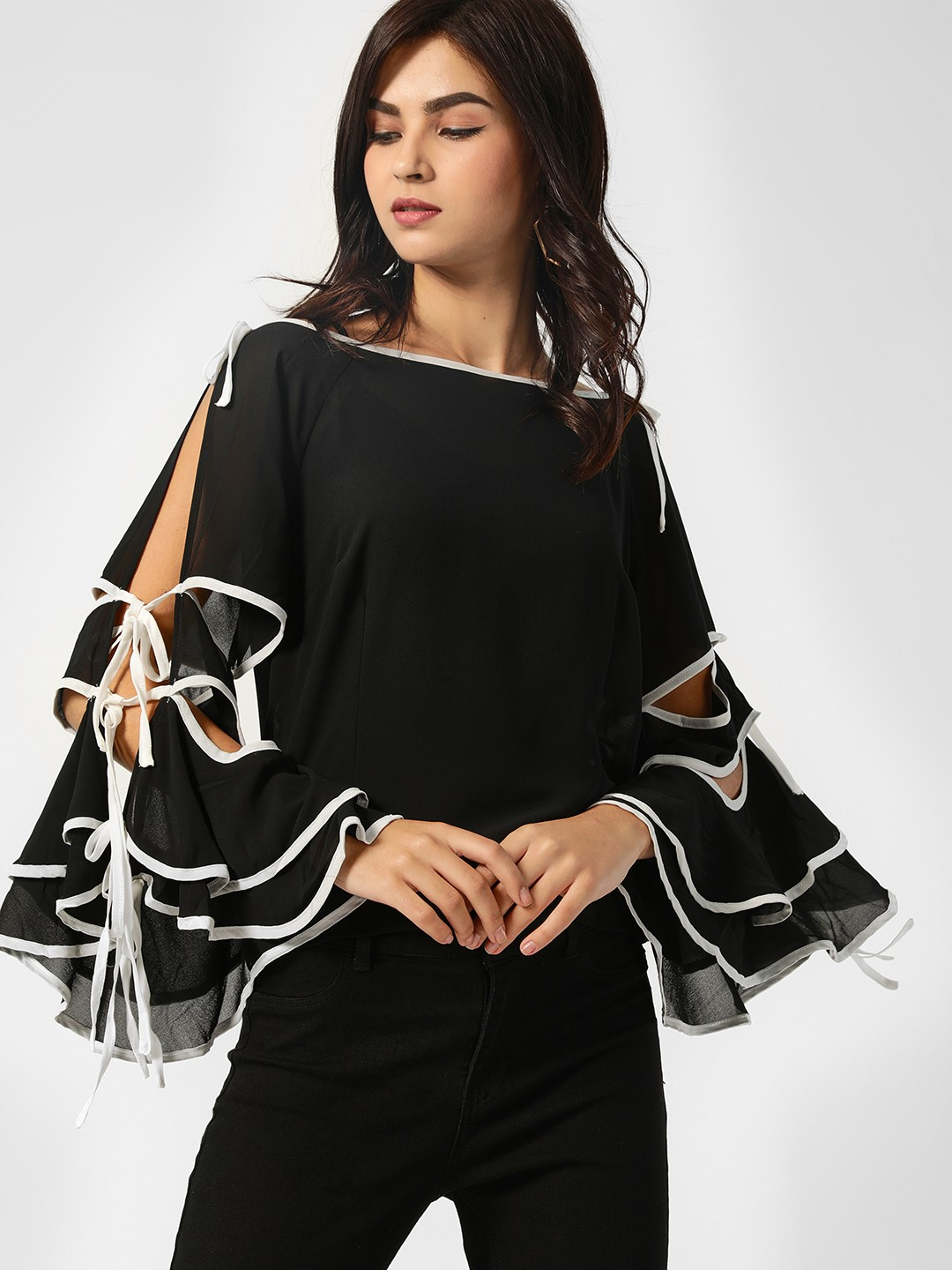 Moguland Black Contrast Tie-Up Sleeve Blouse 1