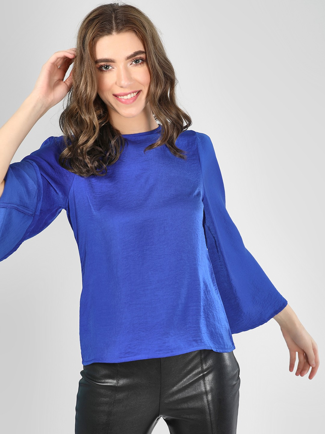 SCULLERS FOR HER Blue Bell Sleeve Blouse 1