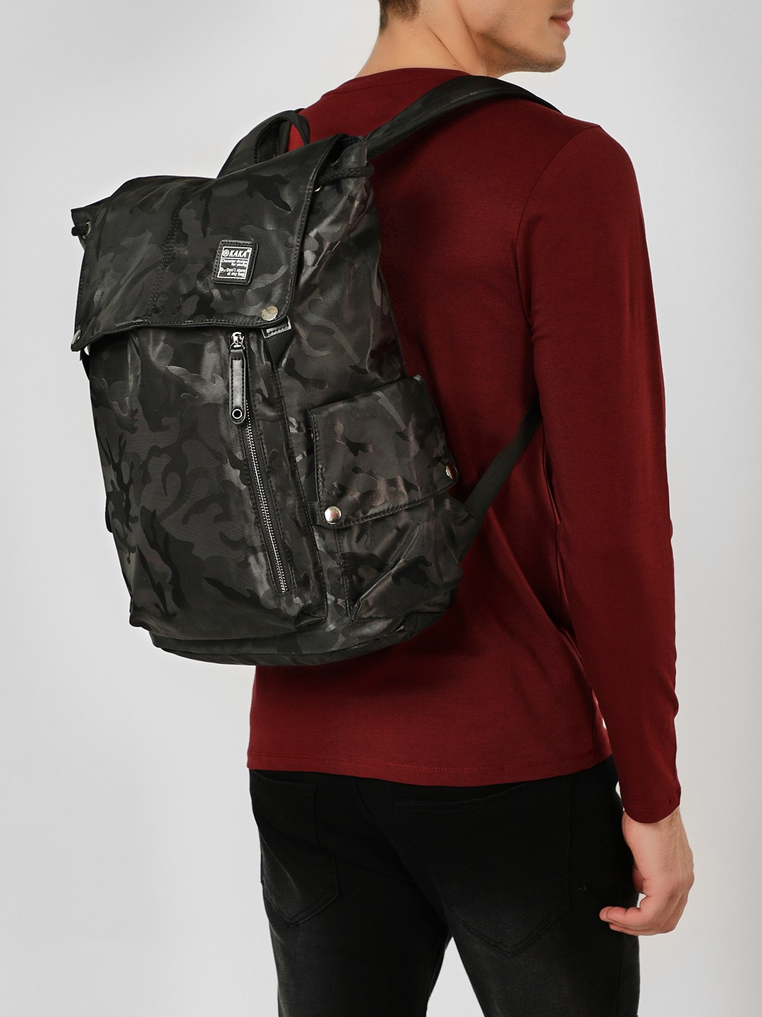 KAKA Black Camo Multi-Pocket Oversized Backpack 1