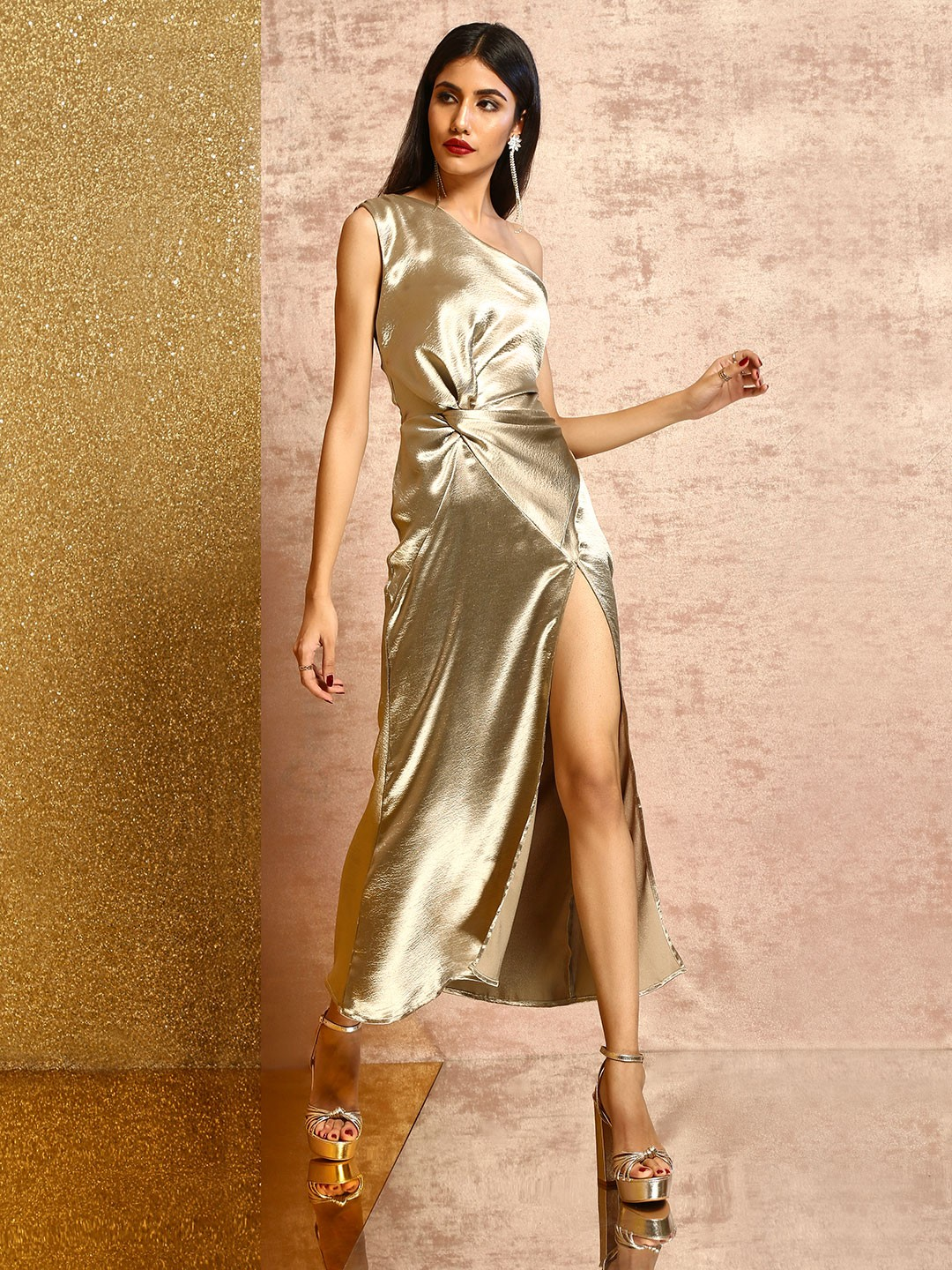 KOOVS Gold Metallic One Shoulder Maxi Dress 1