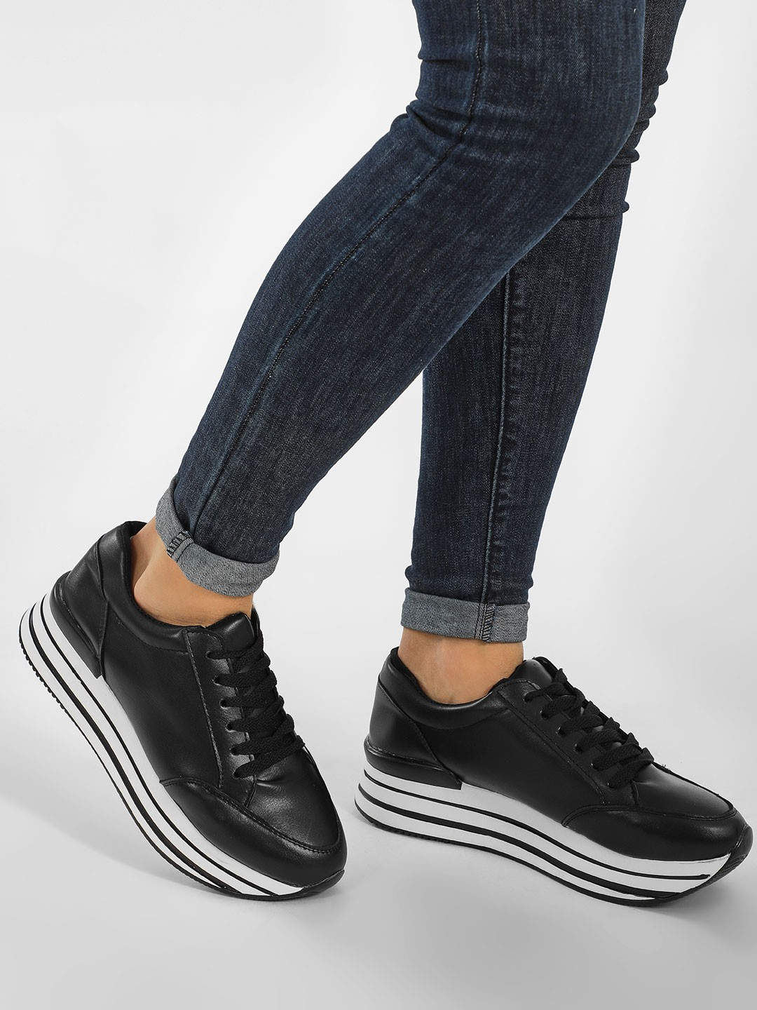 New Look Black Contrast Stripe Chunky Trainers 1