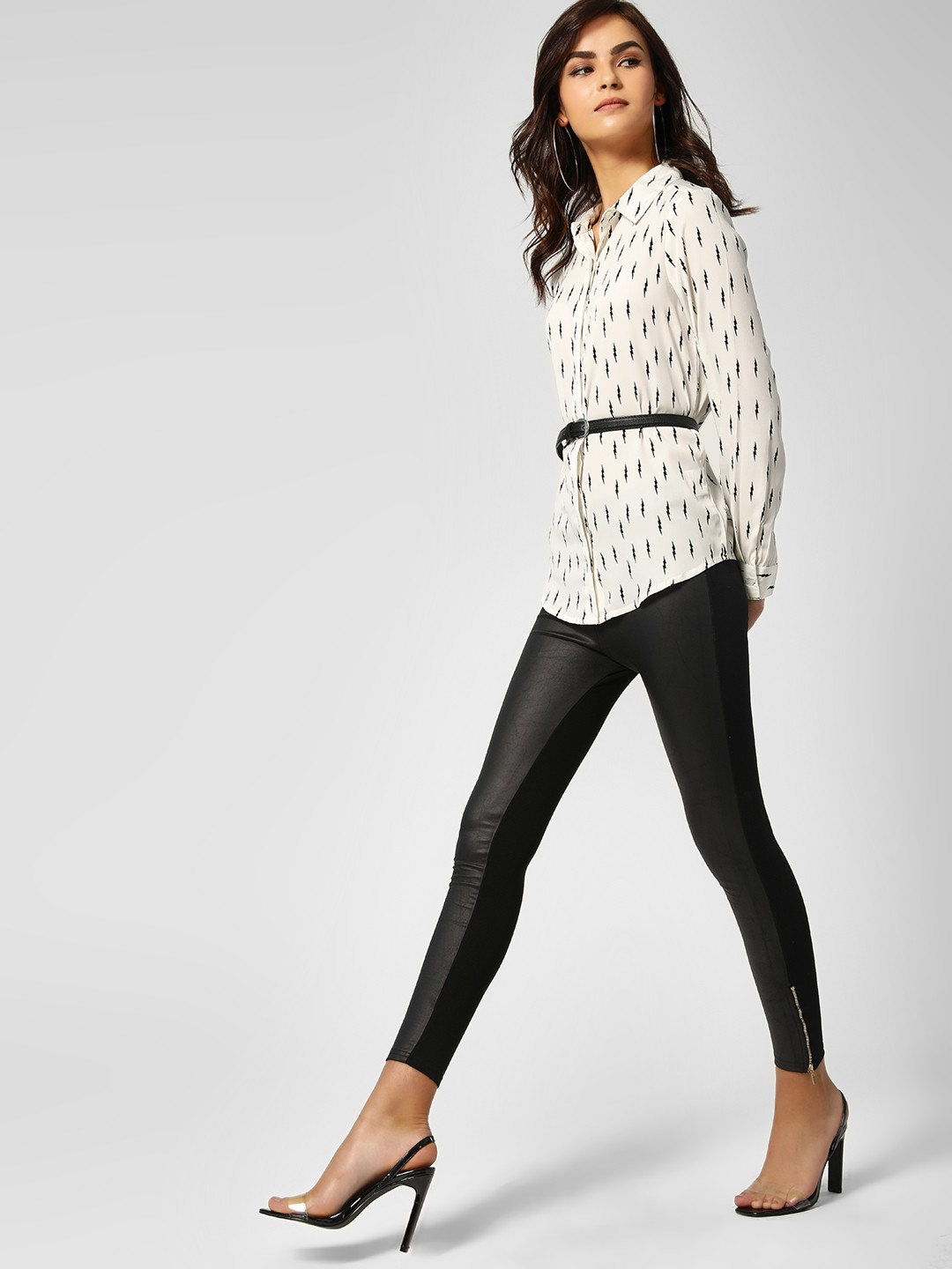 All Good Things Black Zippered Hem Contrast Front Jeggings 1