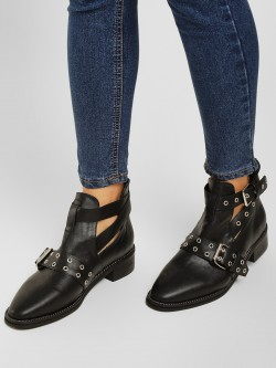 Truffle Collection Studs And Buckle Detail Boots