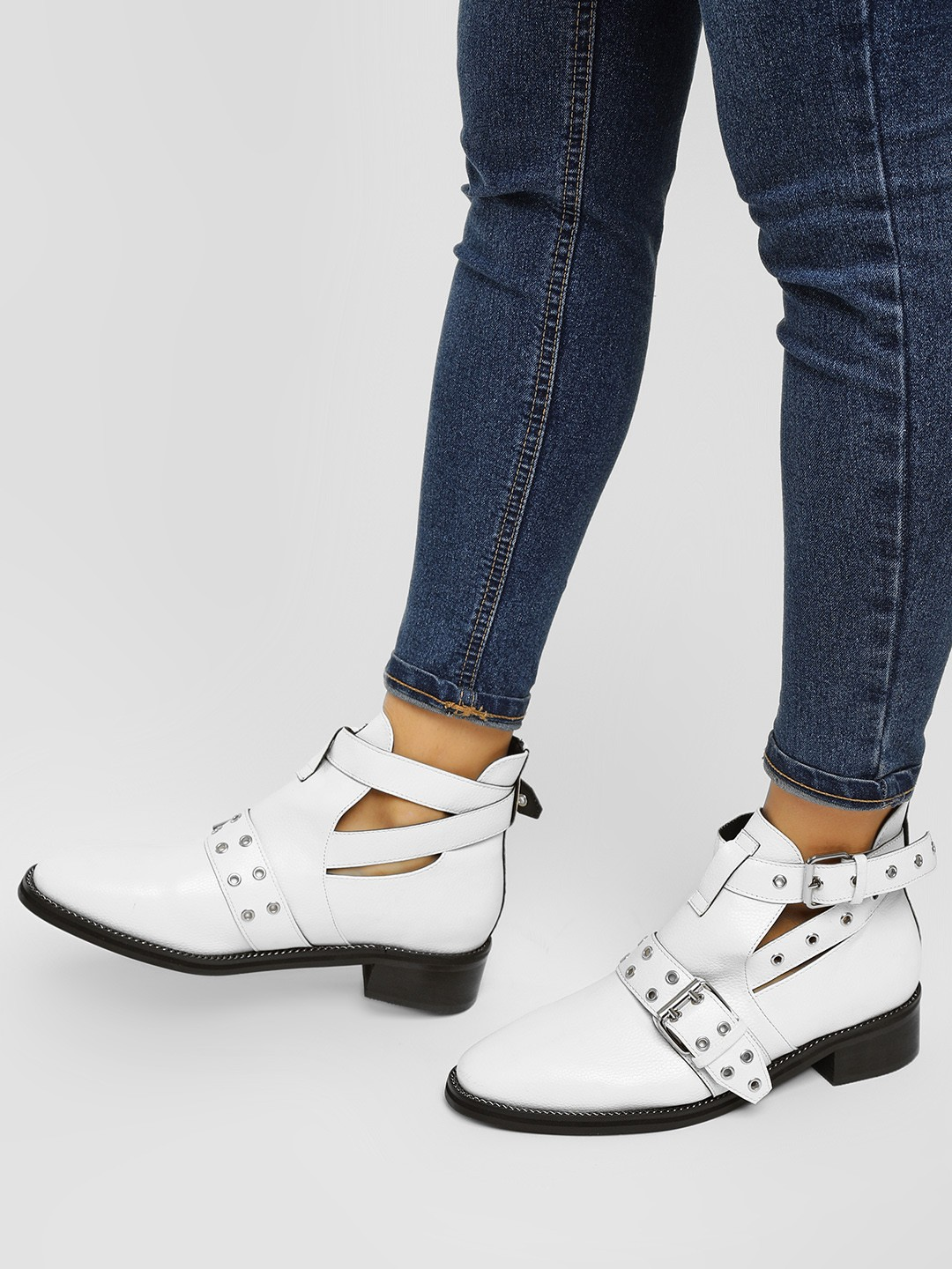 Truffle Collection White Studs And Buckle Detail Boots 1