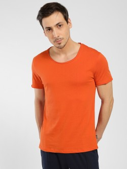 KOOVS Raw Hem Scoop Neck T-Shirt