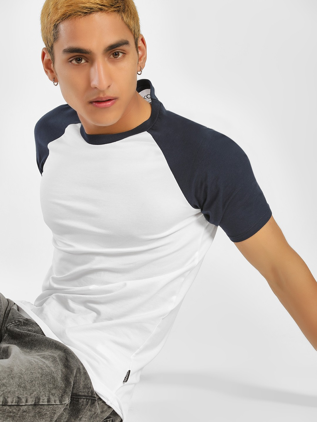 KOOVS Navy Muscle Fit Raglan T-Shirt 1