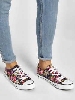 Happy Feet Casual Lace Up Sneakers