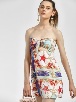 Glamorous Seashell Baroque Print Shift Dress