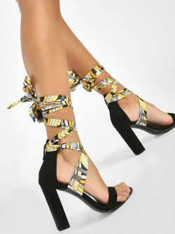 Intoto Ribbon Tie-Up Suede Block Heels