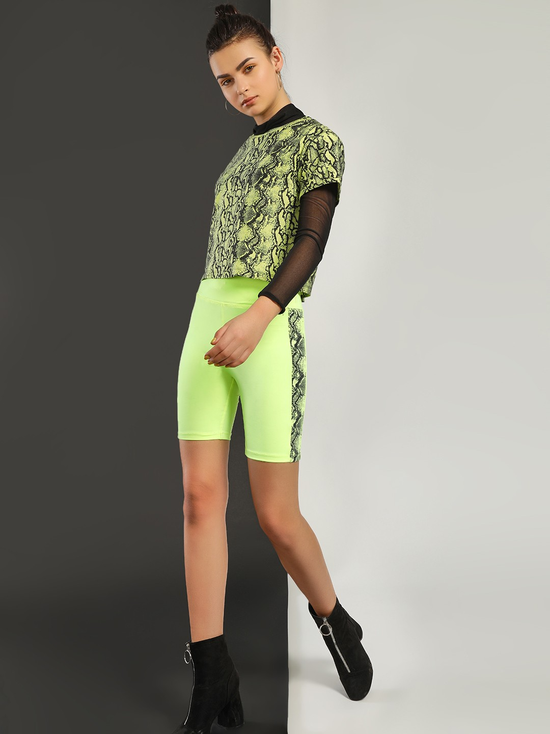KOOVS NEON Snake Print Tape Cycling Shorts 1