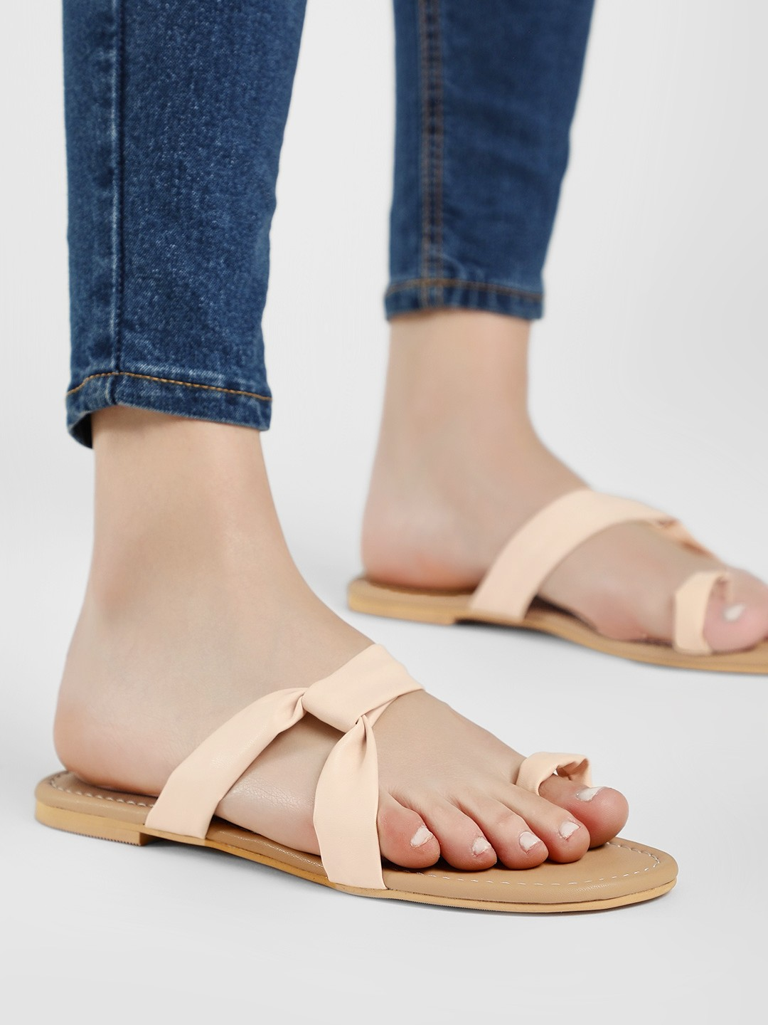 CAi Peach Toe Post Flat Sandals 1