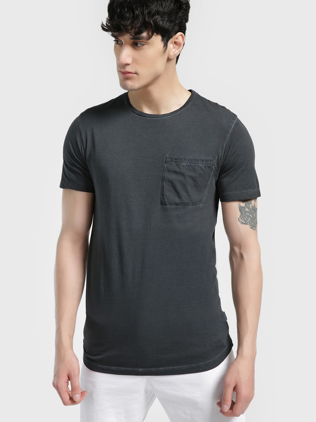 KOOVS Black Pigment Wash Pocket T-Shirt 1