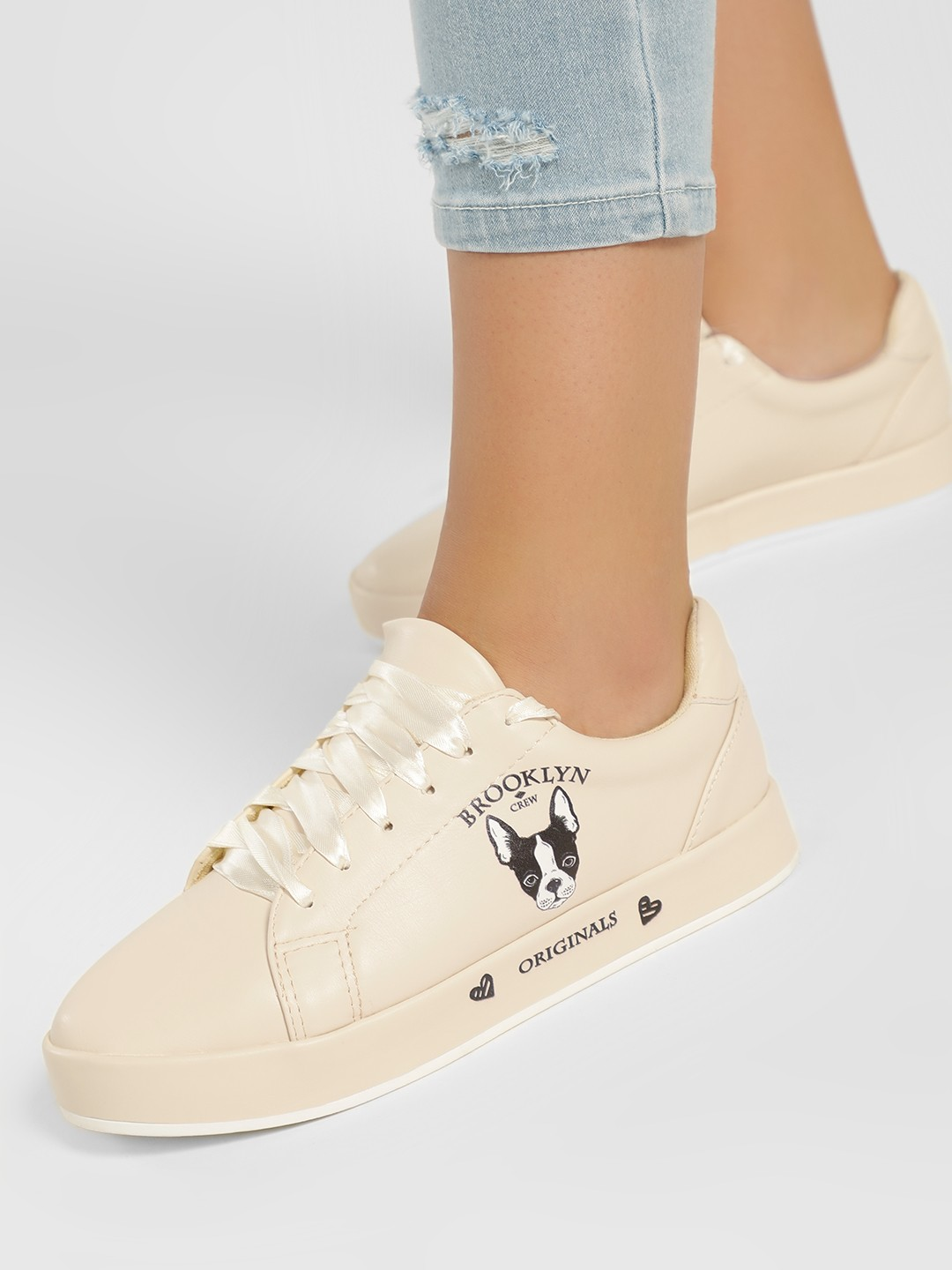My Foot Couture Beige Casual Side Print Sneakers 1