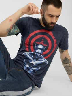 Free Authority Captain America Knitted T-Shirt
