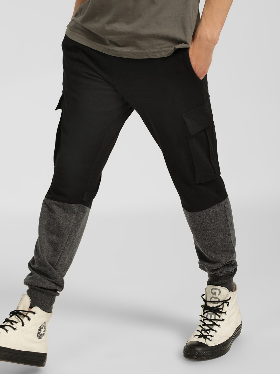 SKULT By Shahid Kapoor Black Colour Block Cargo Joggers 1