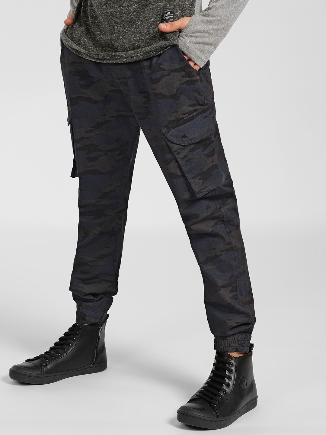 SKULT By Shahid Kapoor Black Camo Print Cargo Trousers 1