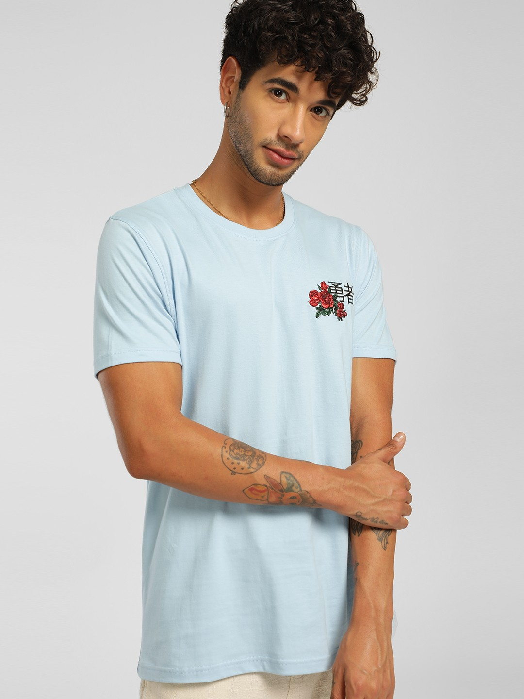 Garcon Blue Rose Japanese Text Embroidered T-Shirt 1