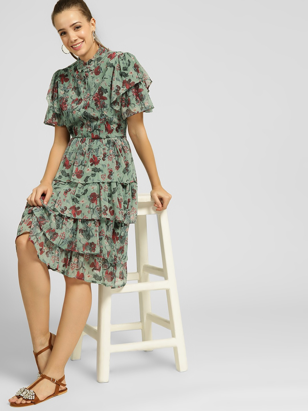 Closet Drama Print Floral Print Tiered Midi Dress 1