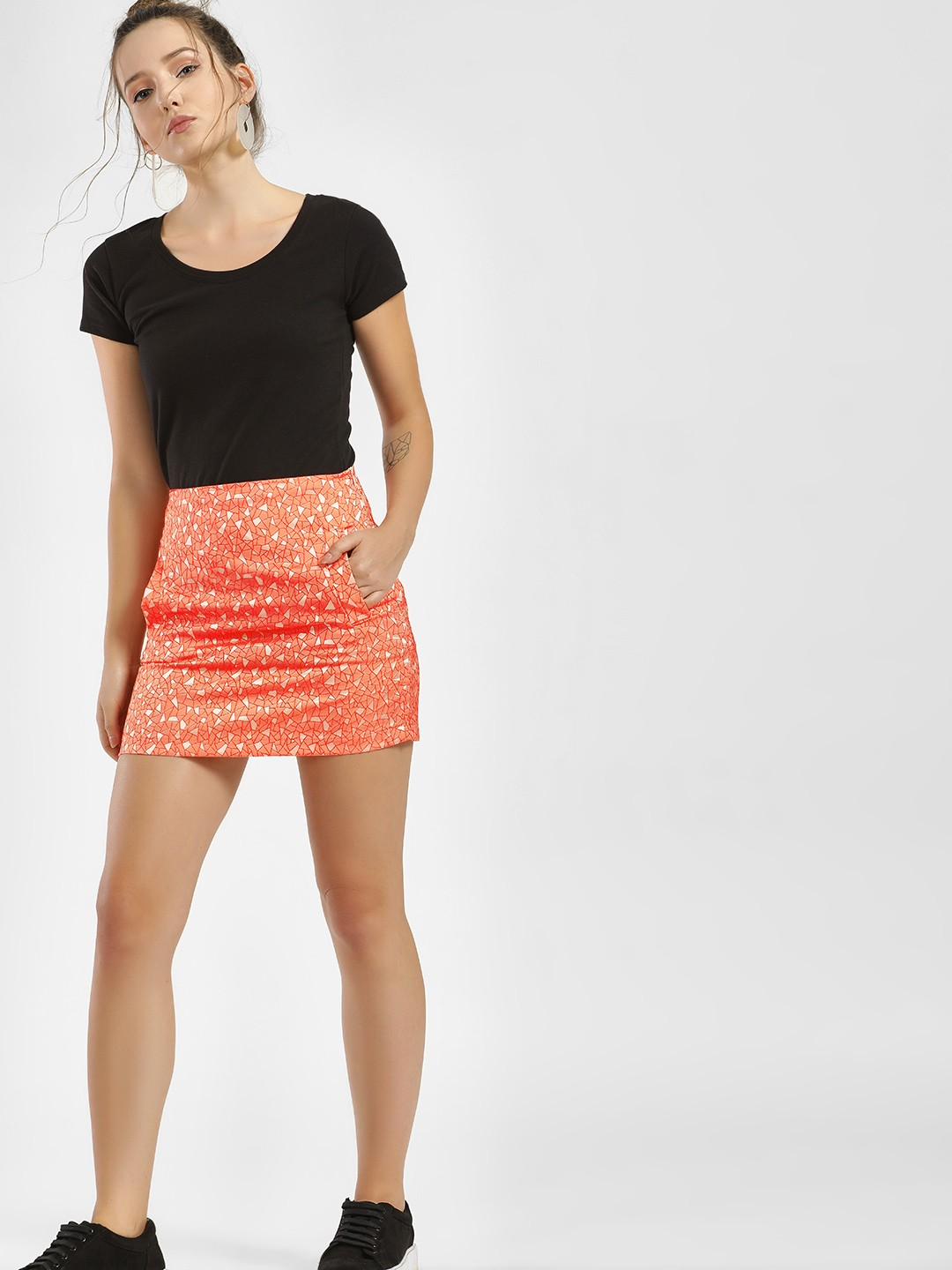 Moguland Orange Geometric Detail Mini Skirt 1
