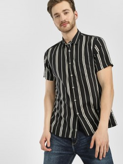 Celio Vertical Stripe Casual Shirt
