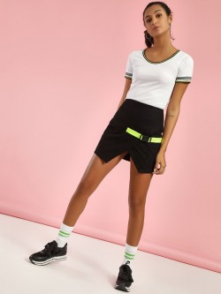 KOOVS Clip-On Buckle Mini Skirt