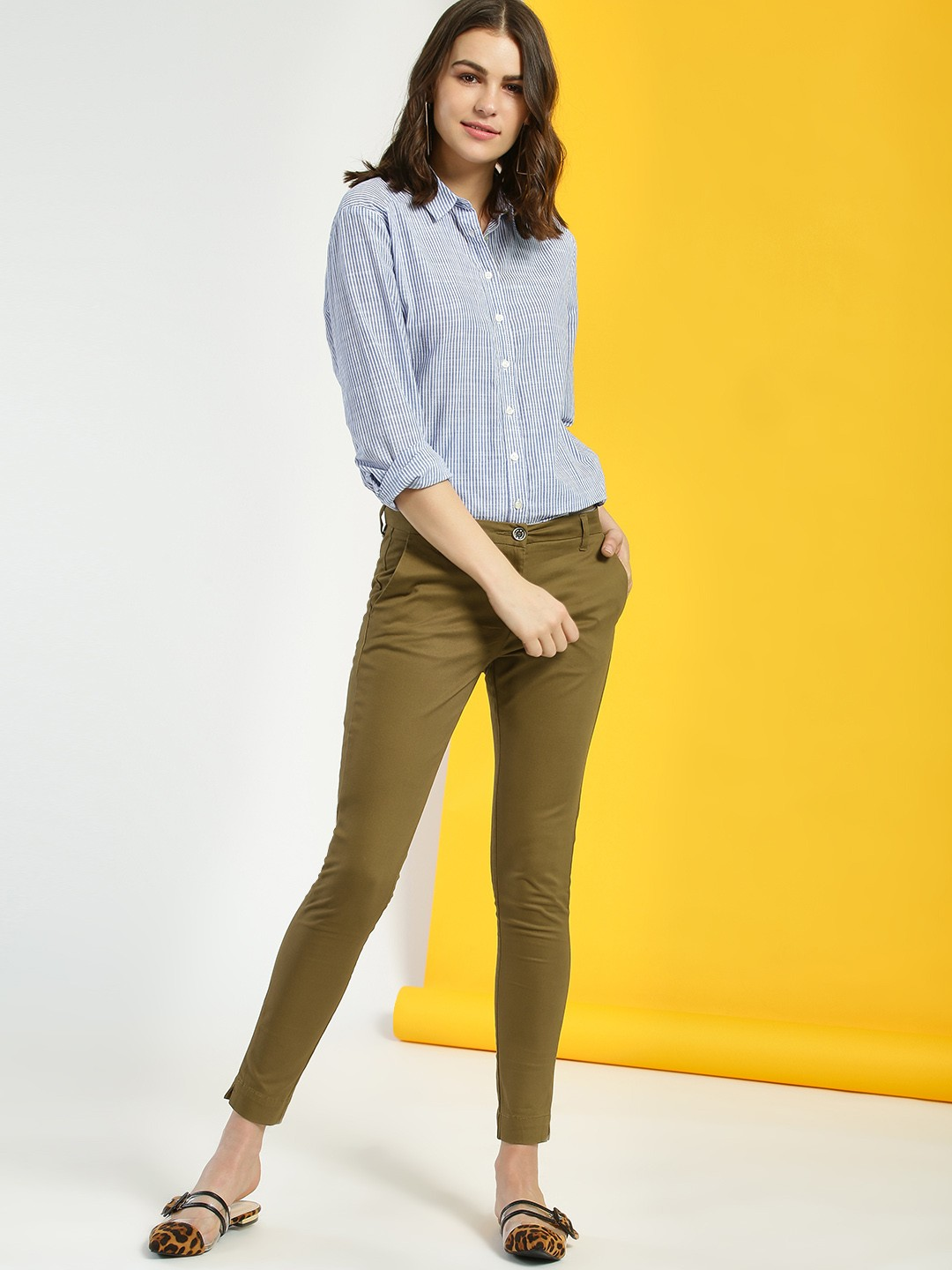 SCULLERS FOR HER Khaki Basic Skinny Cropped Trousers 1