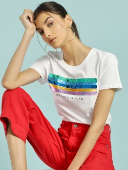 Only Sequin Patch Slogan Print T-Shirt