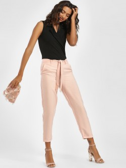 LC Waikiki Textured Front Tie-Up Cropped Trousers
