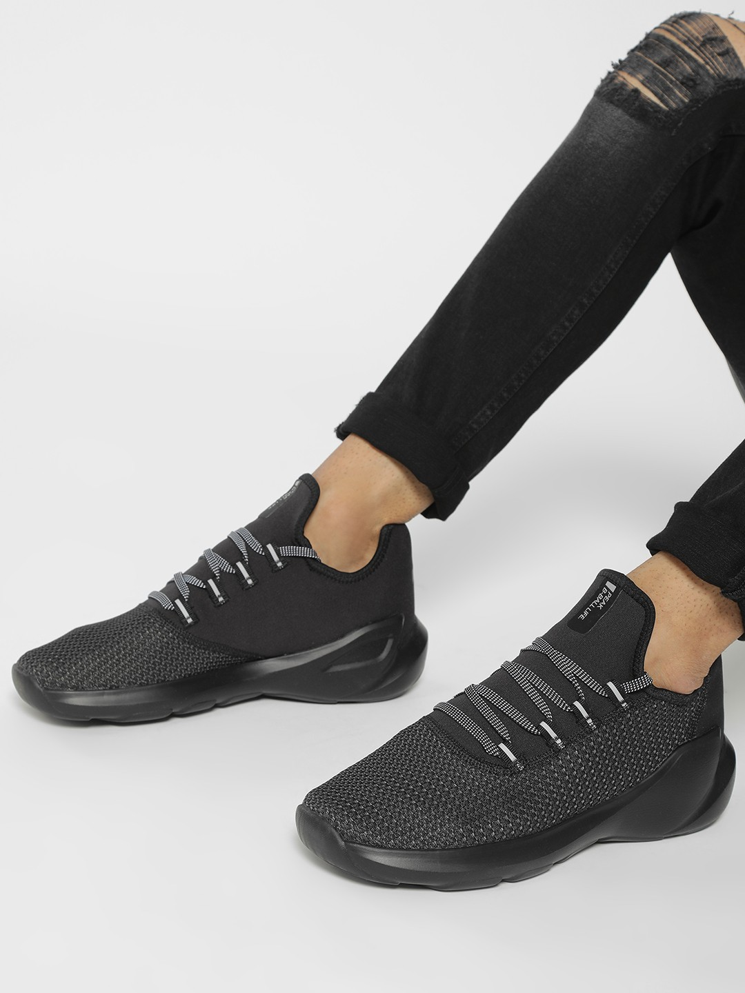 Peak Black Knitted Basketball Shoes 1