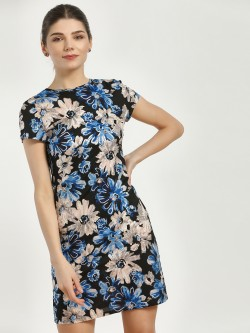 Magzayra Large Floral Print Shift Dress