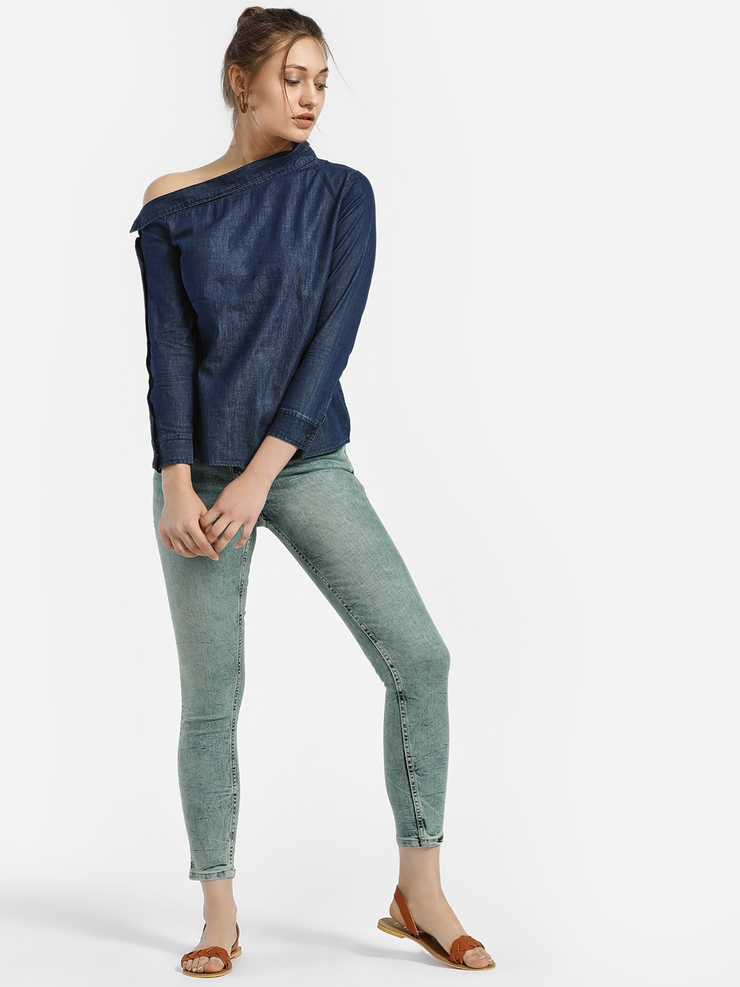 People Blue Light Wash Cropped Skinny Jeans 1