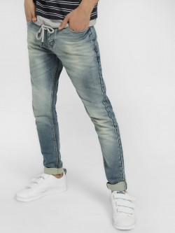 TRUE RUG Light Wash Skinny Jeans