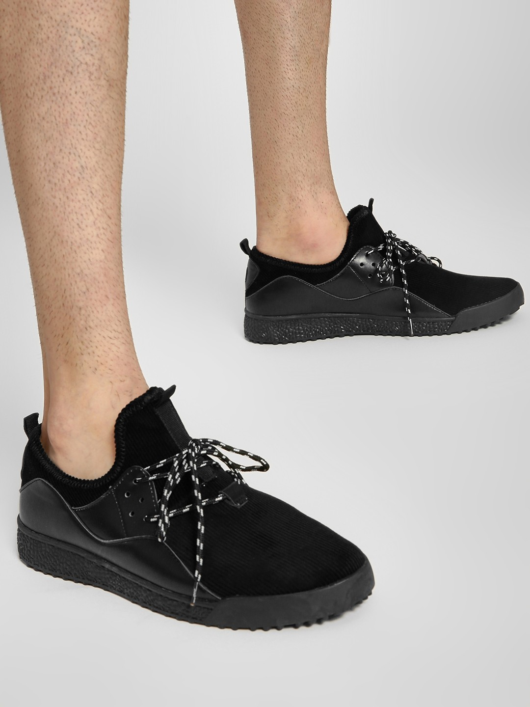 Kindred Black Corduroy Casual Shoes 1