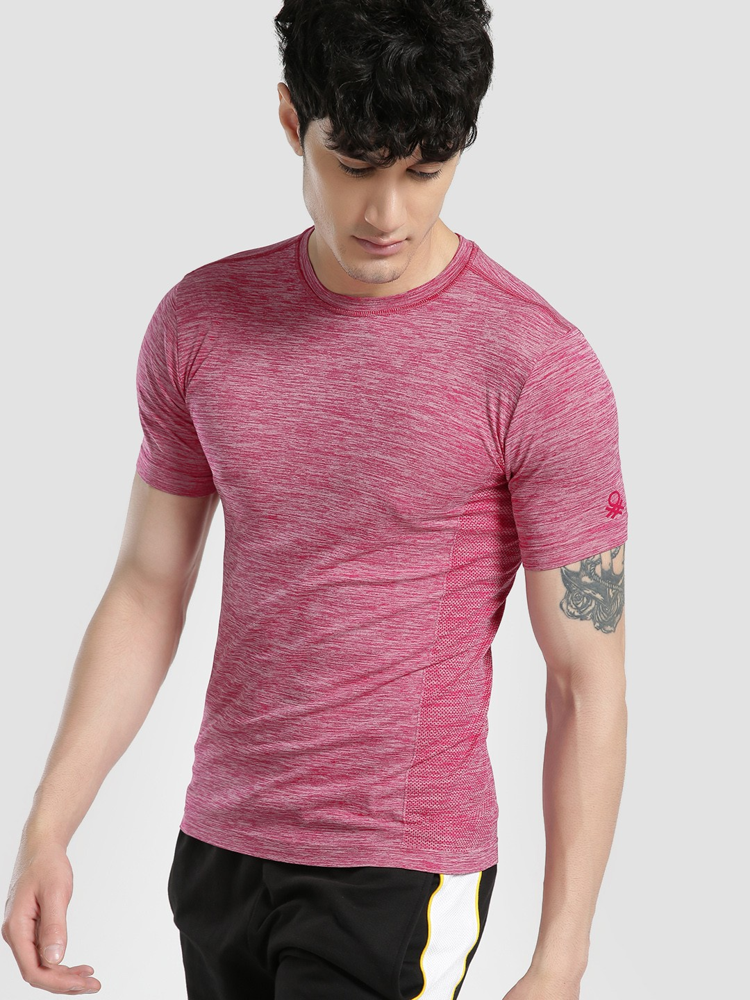Under Colors of Benetton Maroon Seamless Woven Muscle Fit T-Shirt 1