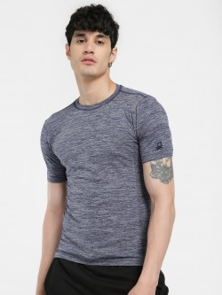 Under Colors of Benetton Seamless Woven Muscle Fit T-Shirt