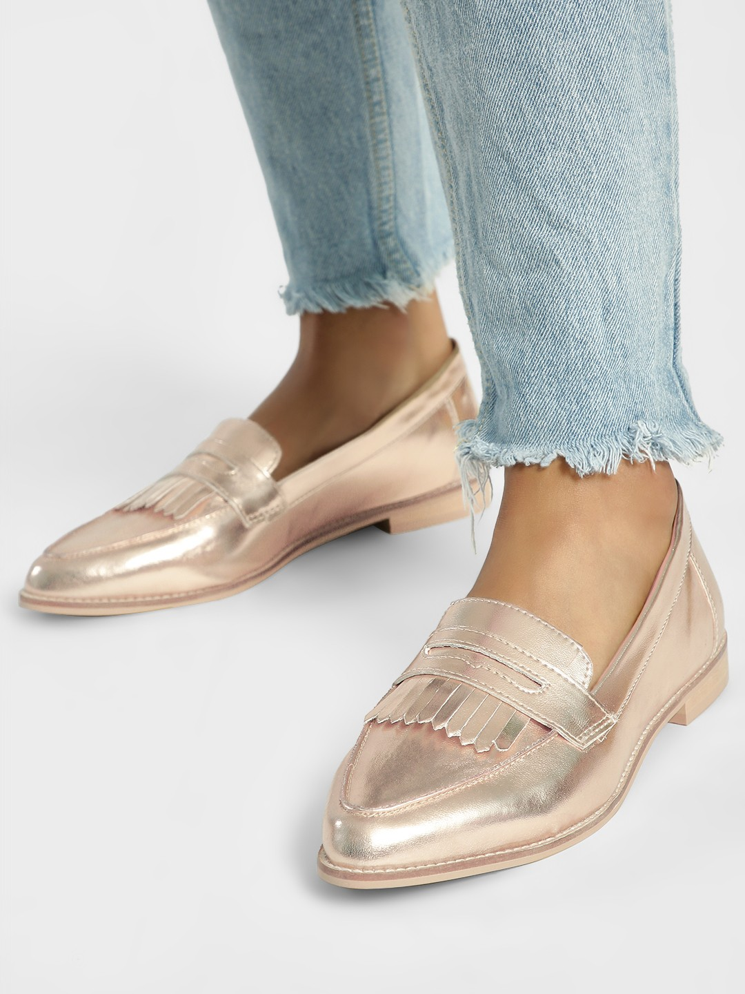ILLIMITE Pink Metallic Fringe Detail Loafers 1