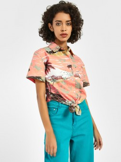 Spring Break Tropical Island Print Crop Shirt
