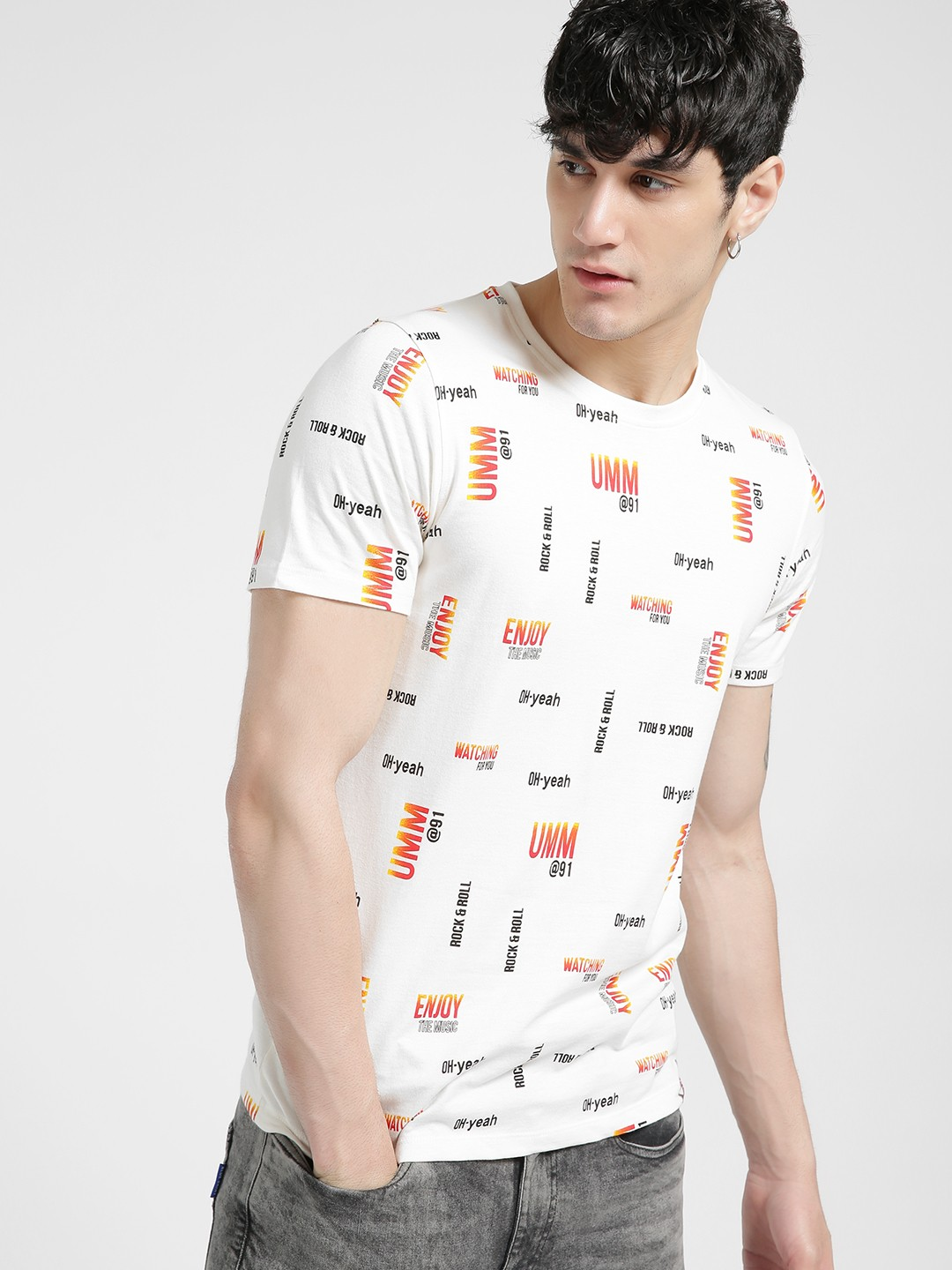 UMM Off White All Over Printed T-Shirt 1