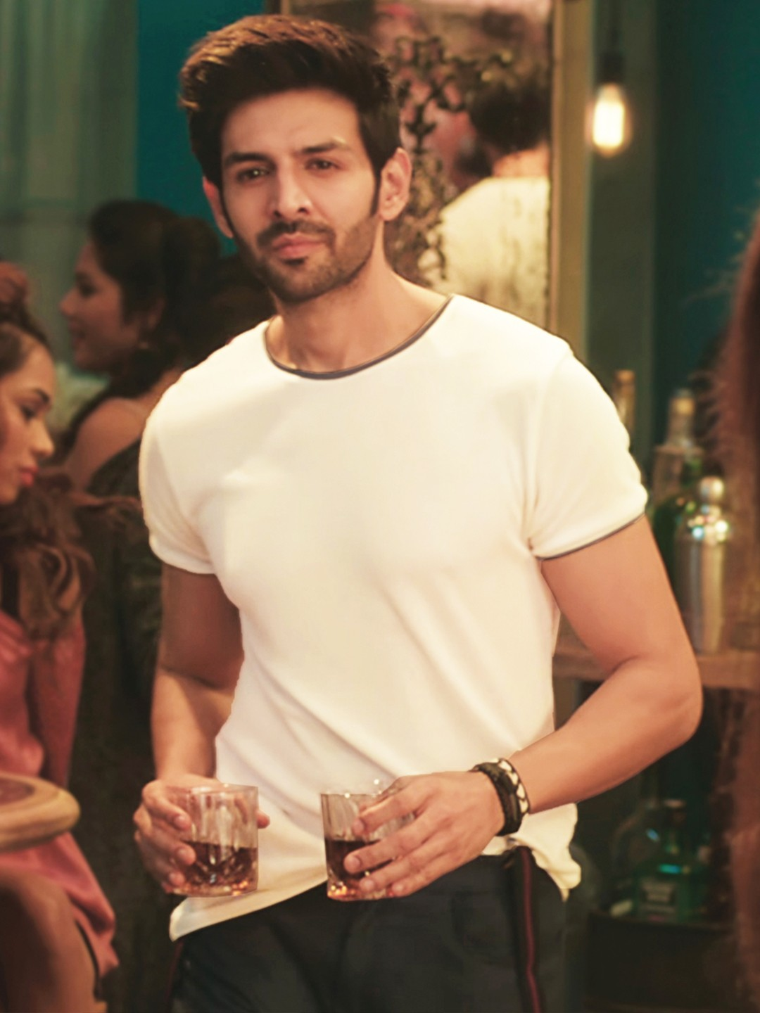 Bollywoo Off White In The Style Of Kartik Aryan Contrast Piping T-Shirt 1