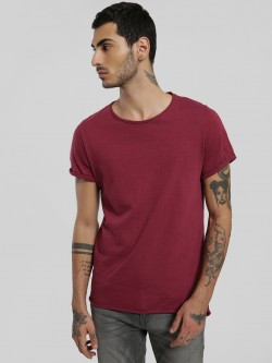 Alcott Basic High-Low Hem T-Shirt