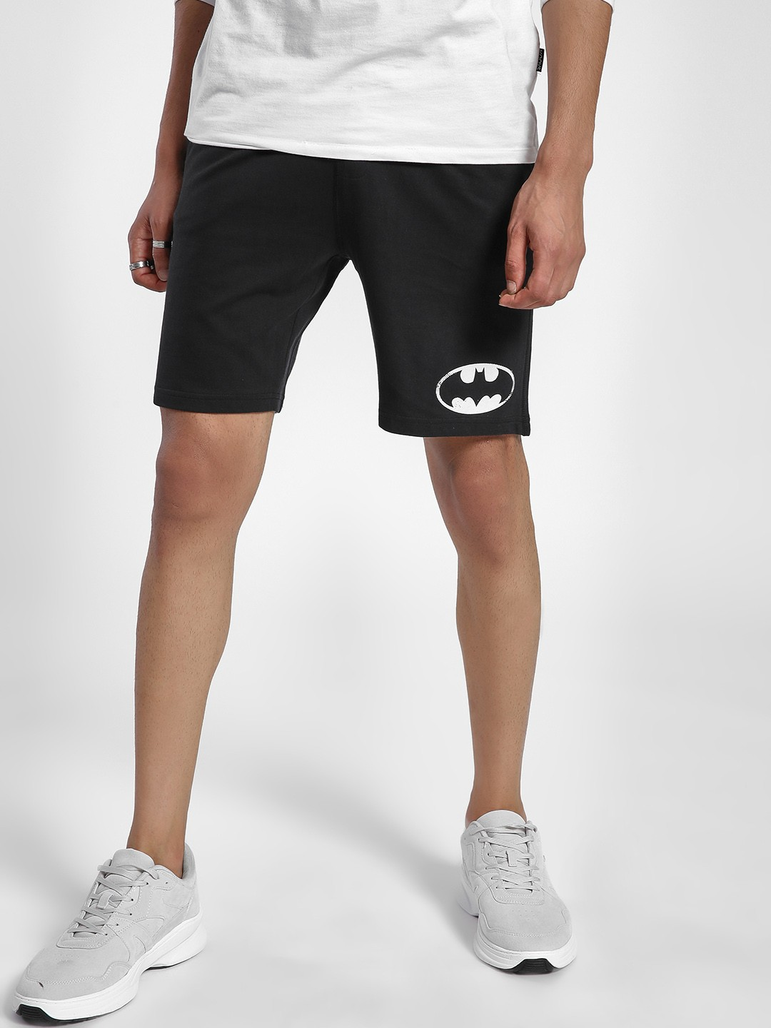 Free Authority Black Batman Logo Print Shorts 1